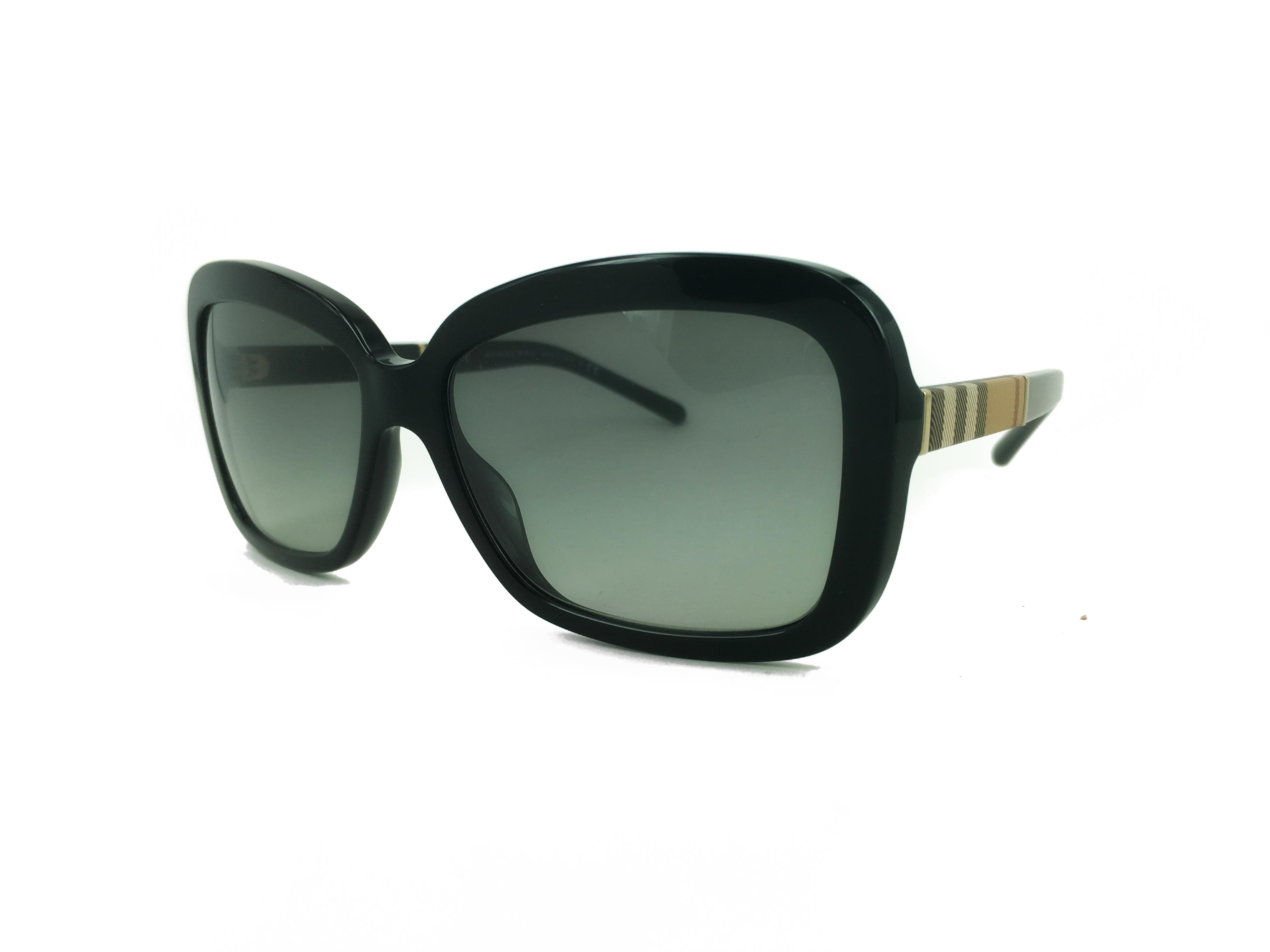 Τα γυαλιά ηλίου BURBERRY B 4173 3001 11 58 είναι ιδανικά για μεσαία και  μεγάλα πρόσωπα. Οι φακοί είναι οργανικοί άθραυστοι 100% απορροφητικοί σε  χρώμα φιμέ ... 053f46665b6