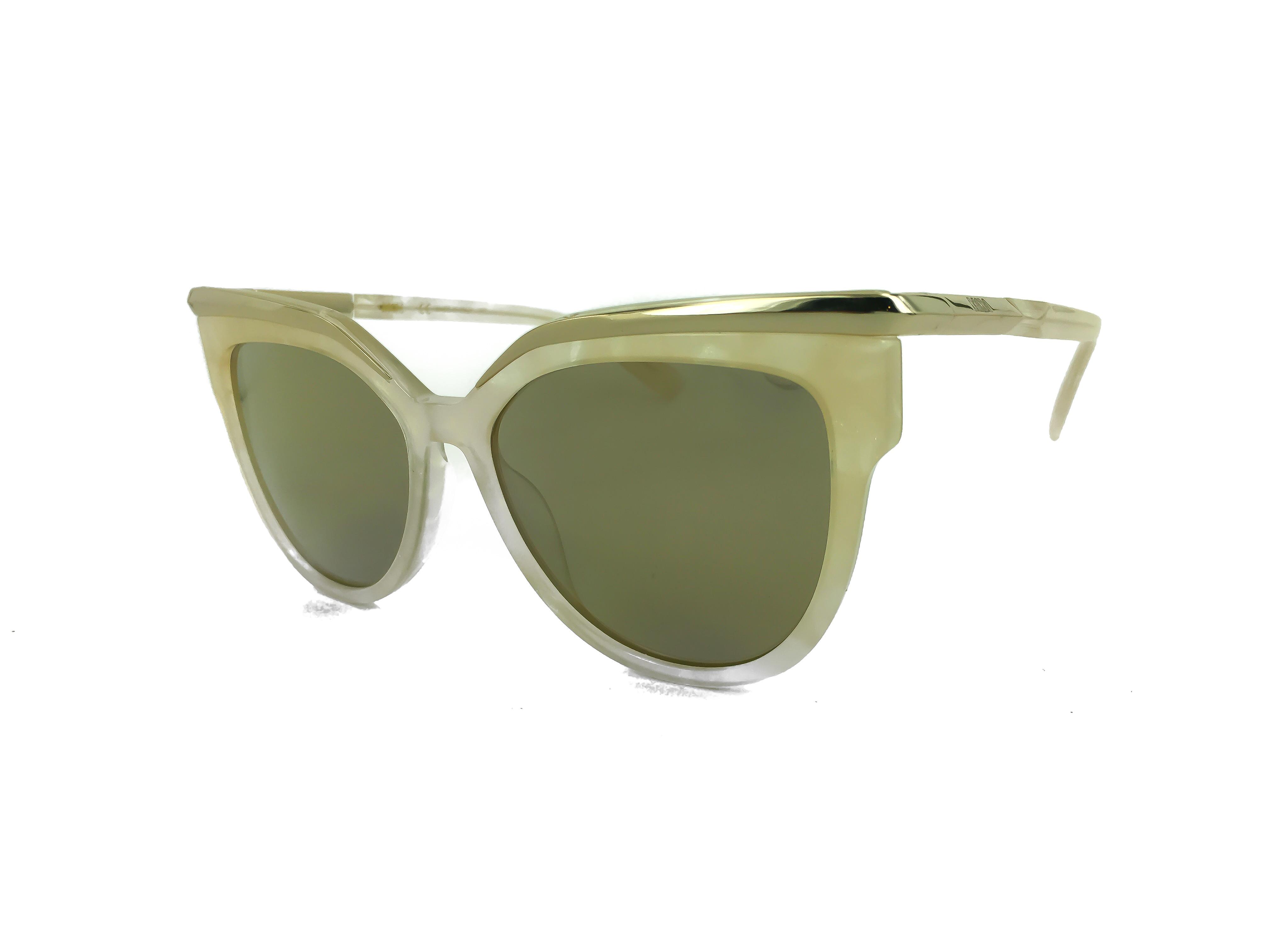c0e89a864f Τα γυαλιά ηλίου MCM637S 103 5616 ταιριάζουν ιδανικά σε μεσαία και μεγάλα  πρόσωπα χαρίζοντας μοναδικό στυλ. Οι φακοί είναι οργανικοί