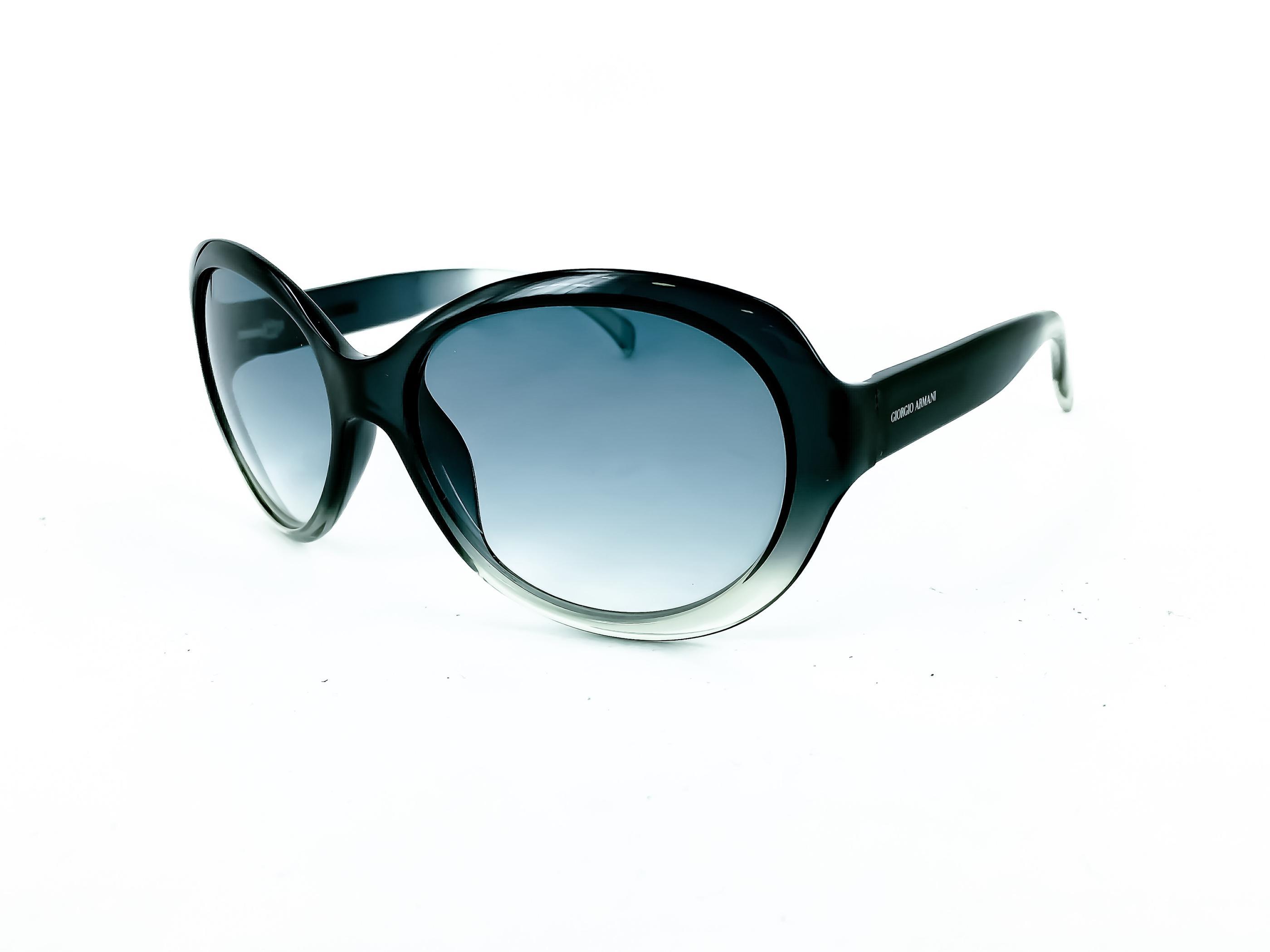2e7b44f27b Γυναικεία γυαλιά ηλίου GIORGIO ARMANI με κωδικό GA 35 S 8K5. Τα γυαλιά ηλίου  GIORGIO ARMANI GA 35 S 8K5 έχουν κοκάλινο οβάλ σκελετό σε χρώμα  μπλε διάφανο ...